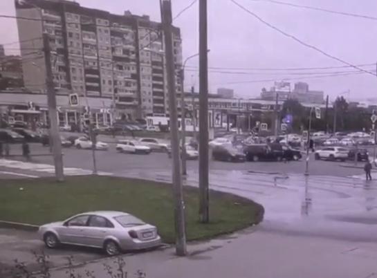 Отчего в Петербурге пробки?