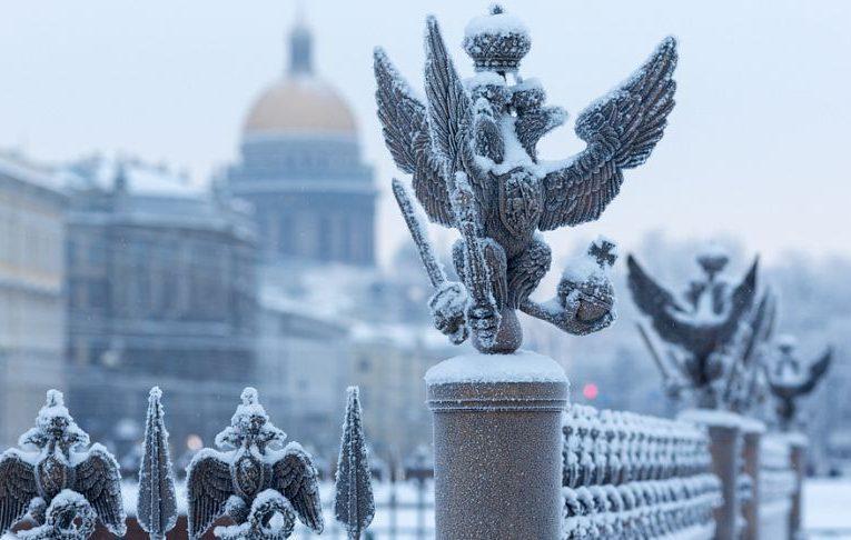 Петербург в Новый год продадут. За миллион долларов.